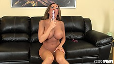 Richelle Ryan keeps her sexy heels on while she plays with herself
